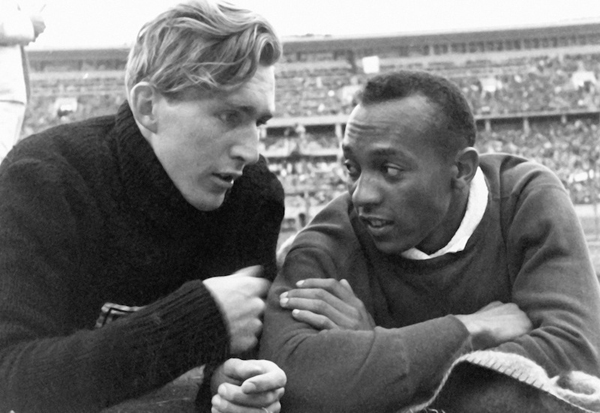 jesse-owens-and-luz-long-an-impossible-friendship-in-the-name-of-sport-alessandro-benetton-blog1.jpg